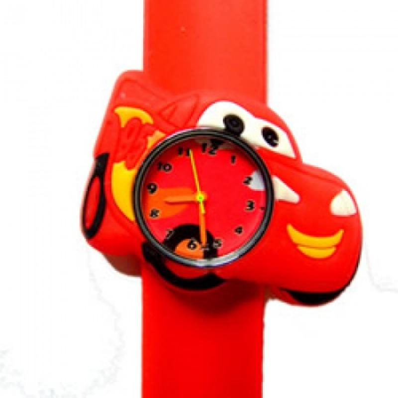 Cars horloge slap on